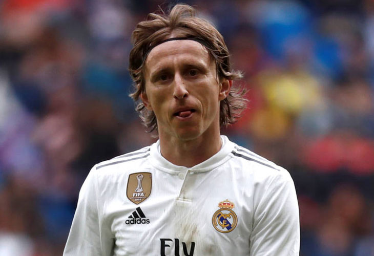 ¡¡Pillado in fraganti!! ¡¡El agente de Modric negocia su salida del Real Madrid!!