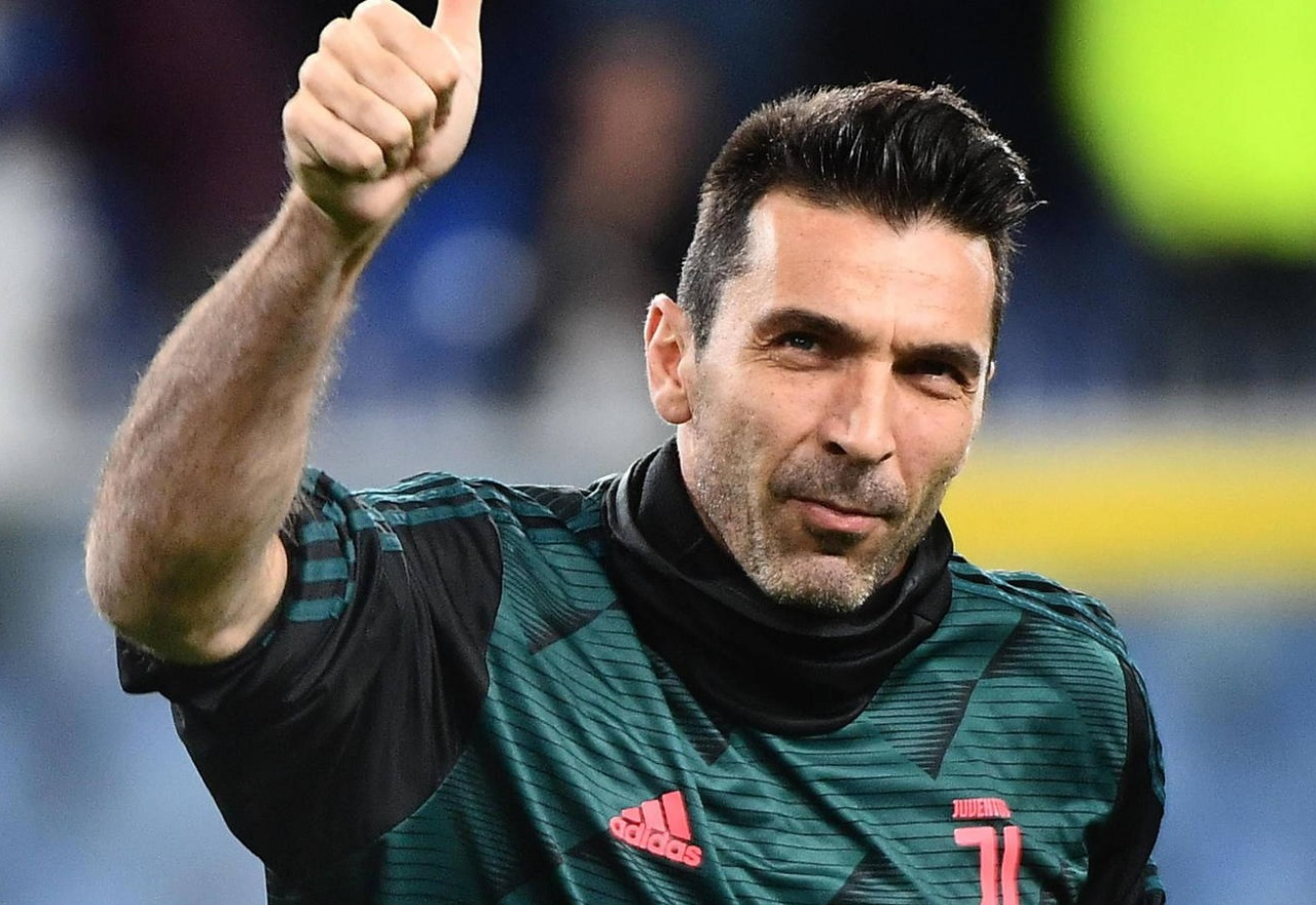 Exclusiva: Buffon se ha ofrecido al Real Madrid como suplente de Thibaut Courtois